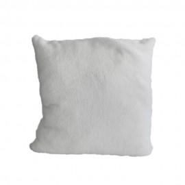 Fehér plüss párnahuzat